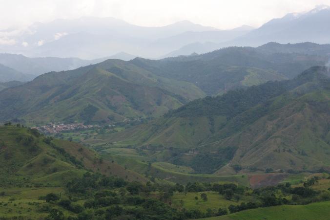 El pueblo de Hispania, tambien muy amañado en las montañas de  Antioquia