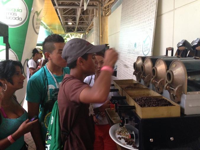 Jose Ruben Cartagena Garro tries his hand at roasting